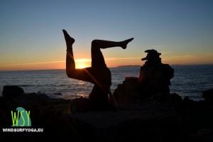 yoga eline